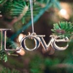 Simple ways to make Christmas meaningful for kids