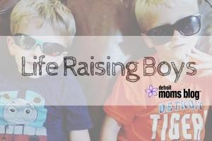Life with Boys-5