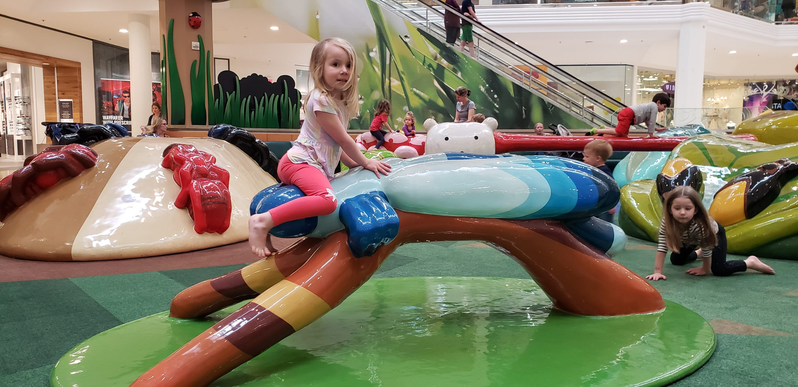 12 Oaks Mall Indoor Play Space