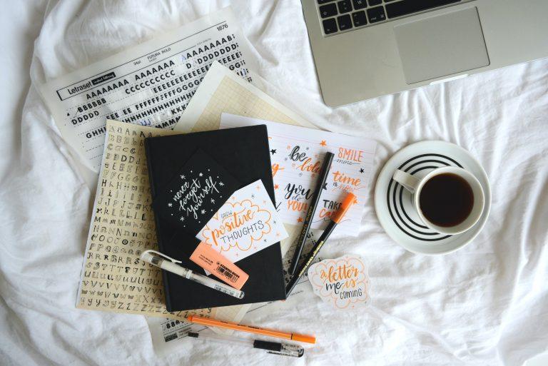 Learn Hand Lettering: A Beginner's Guide