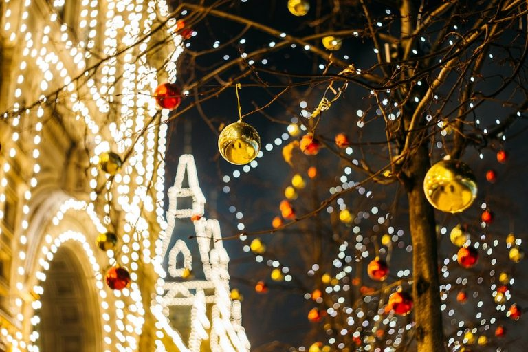 The Best Holiday Lights In + Around Detroit – Free & Ticketed Events