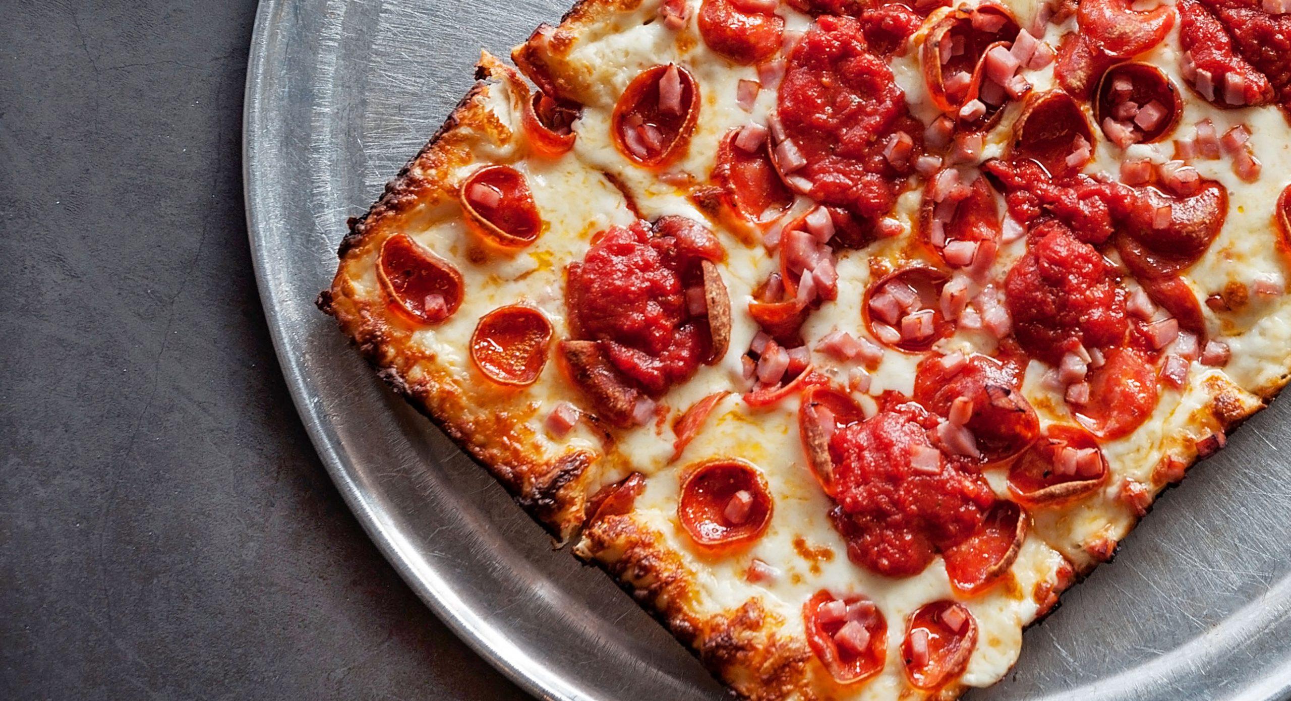 deep dish pizza, detroit